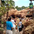 Fantasyland - Mermaid queue