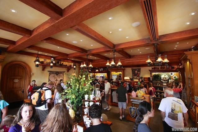 Fantasyland - Fantasyland soft opening - Inside Bonjour Village Gifts