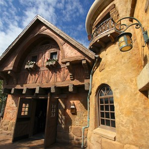 26 of 43: Fantasyland - Fantasyland soft opening - Gaston's Tavern