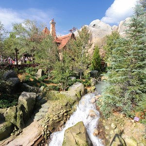 39 of 43: Fantasyland - Fantasyland soft opening - Enchanted Tale with Belle