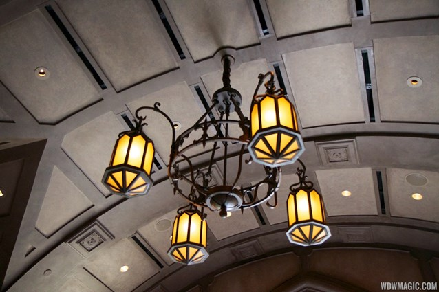 Fantasyland - Inside Be our Guest Restaurant -  Lobby lighting