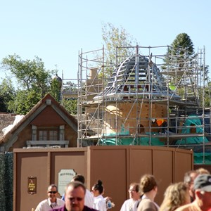 4 of 8: Fantasyland - New Fantasyland restroom area construction