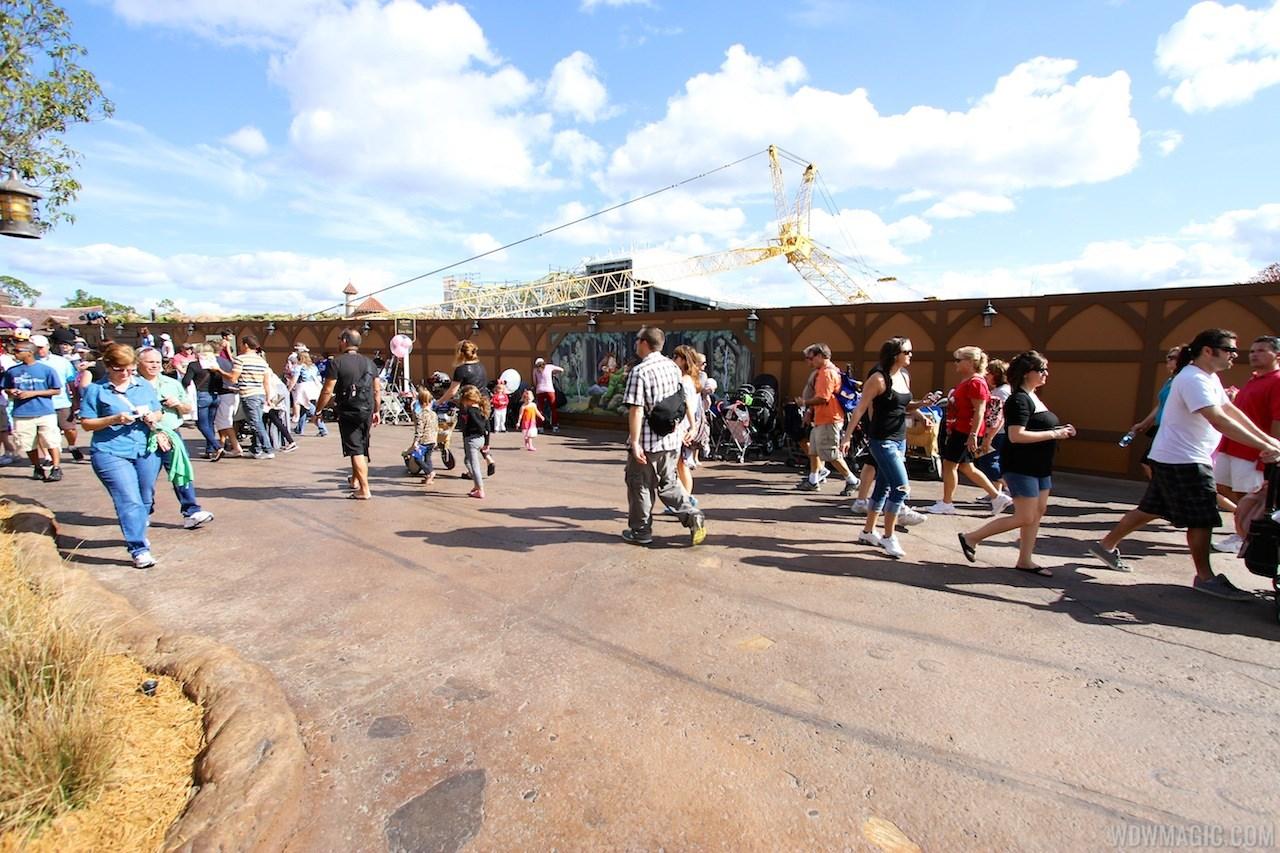 Fantasyland TV crews, new walls, new Mine Train art
