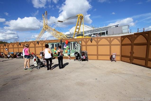 Fantasyland - New Seven Dwarfs Mine Train  construction walls