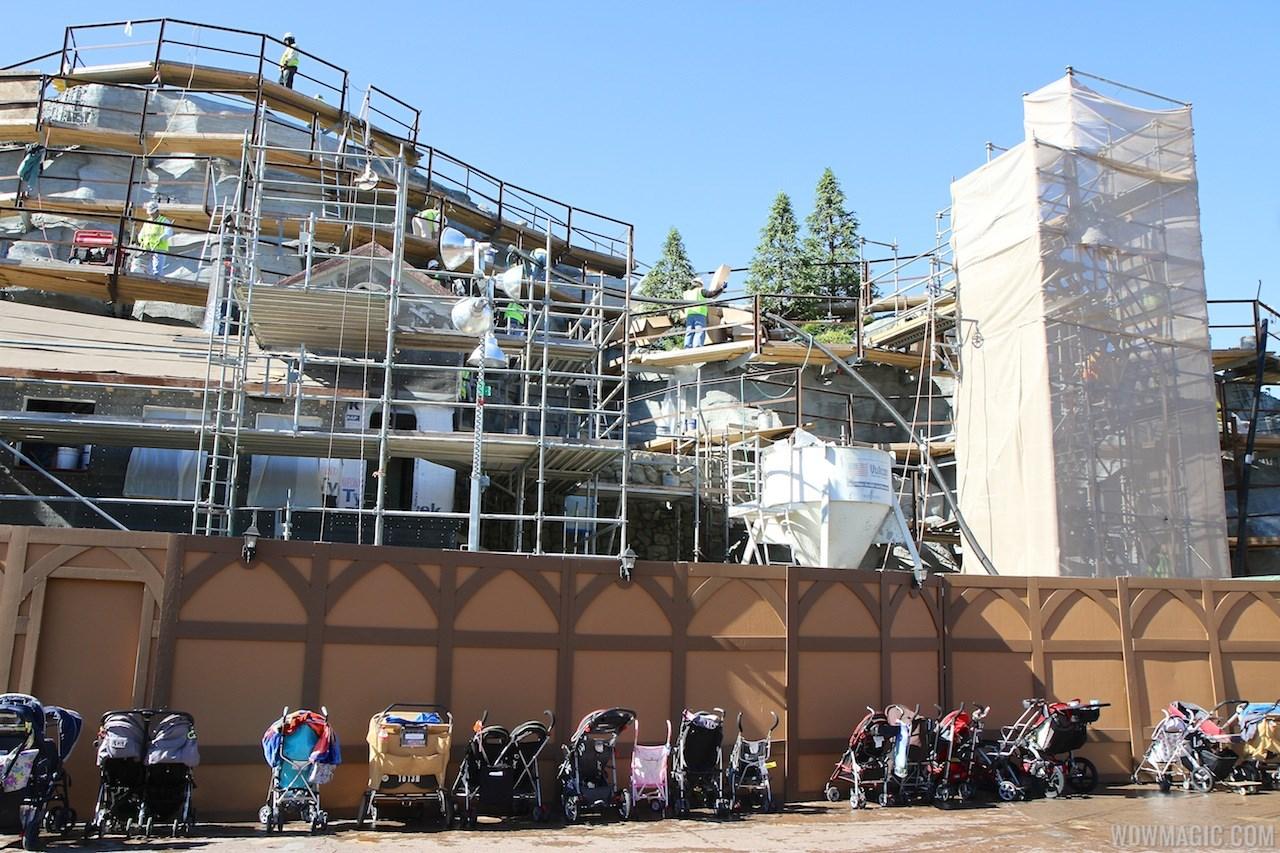 Seven Dwarfs Mine Train coaster construction - trees arrive