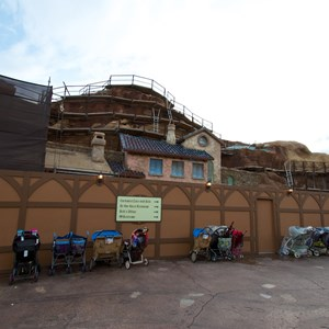 5 of 23: Fantasyland - Seven Dwarfs Mine Train coaster construction