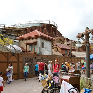 8 of 8: Fantasyland - Prince Eric's Village Market pre-opening