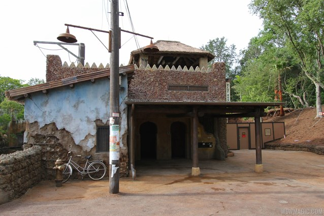 Festival of the Lion King - New Harambe Theatre area in Africa - The restrooms