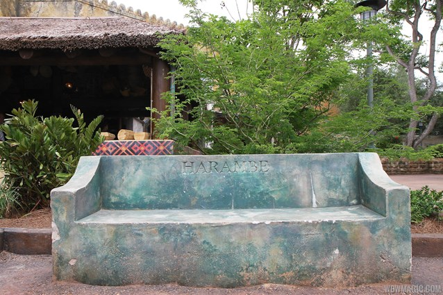 Festival of the Lion King - New Harambe Theatre area in Africa - Harambe bench