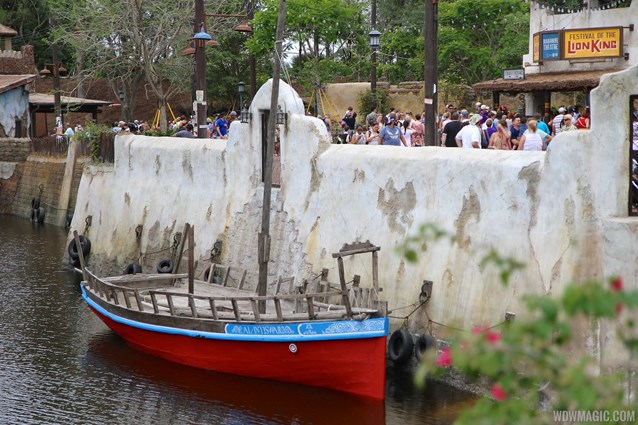 Festival of the Lion King - New Harambe Theatre area in Africa - View of the river