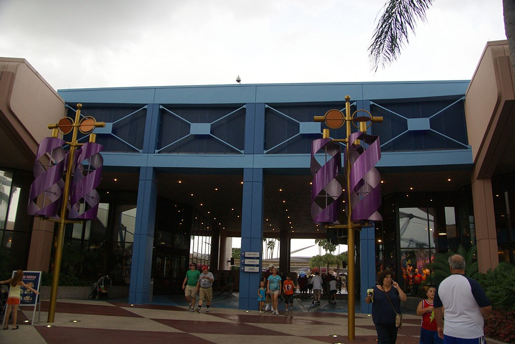 Future World breezeways new color scheme