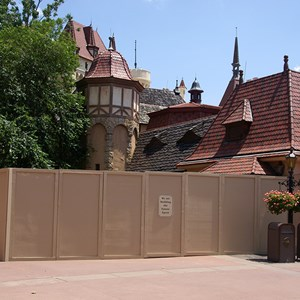 1 of 1: Germany (Pavilion) - Snow White meet and greet construction
