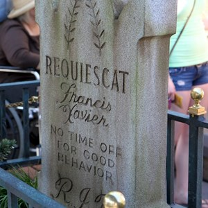 7 of 24: Haunted Mansion - New interactive queue walk-through