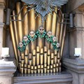 Haunted Mansion - The very cool Ravenscroft organ - and yes, you can play it, and it sounds awesome, no matter how limited your musical skills are!