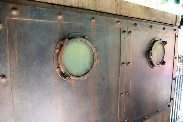 Haunted Mansion - The portholes on the back of the Captain's tomb