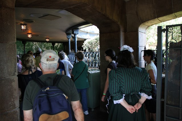 Haunted Mansion - Rejoining the old queue area just in front of the Mansion doors