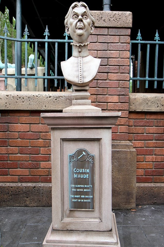 Haunted Mansion - Cousin Maude