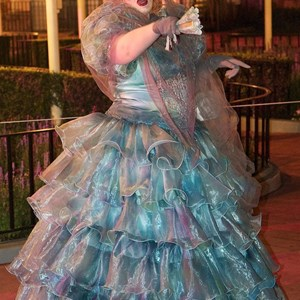 25 of 37: Haunted Mansion - Disney Parks Blog Trick or Meet-Up