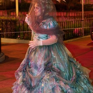 26 of 37: Haunted Mansion - Disney Parks Blog Trick or Meet-Up