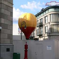 Muppets Balloon on ground for refurbishment