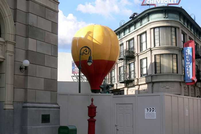 Muppets Balloon on ground for refurbishment