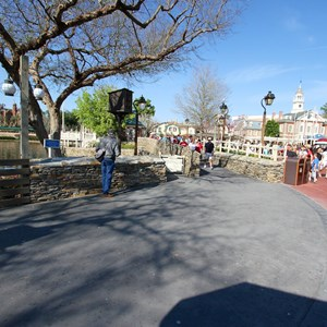 1 of 7: Liberty Square - Liberty Square walkway expansion open