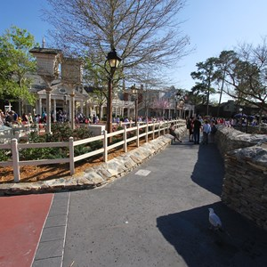 7 of 7: Liberty Square - Liberty Square walkway expansion open