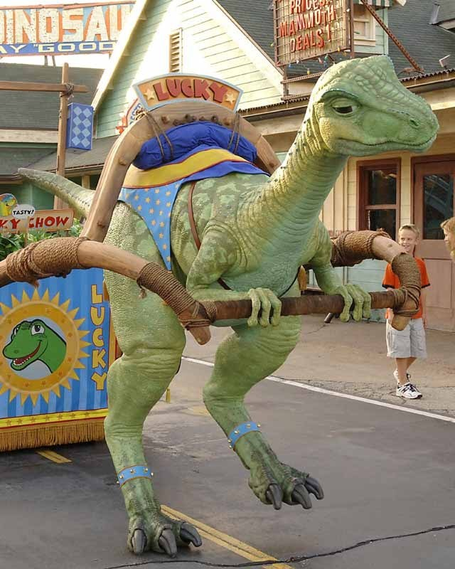 Lucky makes some test appearances in DinoLand