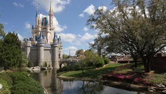 Selfie stick ban at Walt Disney World to begin June 30
