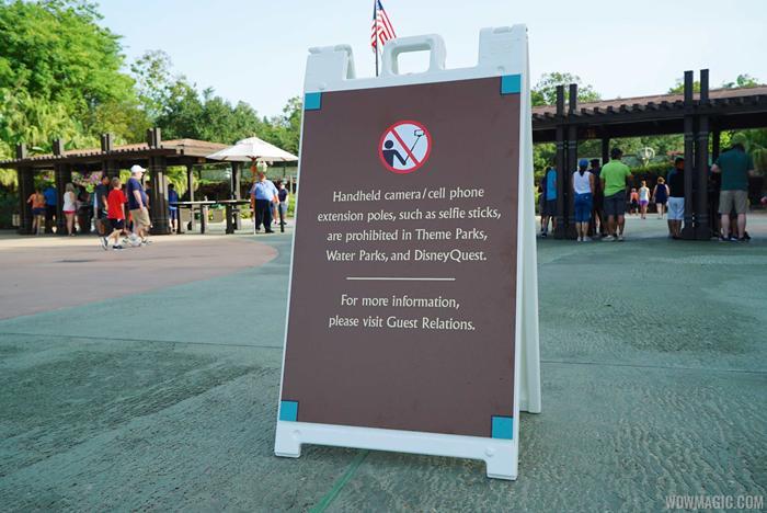 Selfie Stick Ban signs