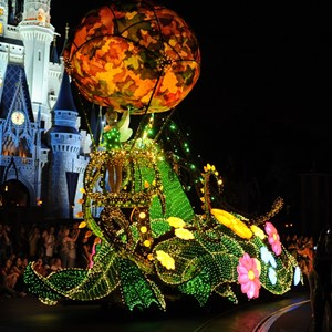1 of 5: Main Street Electrical Parade - Main Street Electrical Parade cast preview