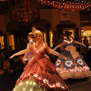 5 of 5: Main Street Electrical Parade - Main Street Electrical Parade cast preview