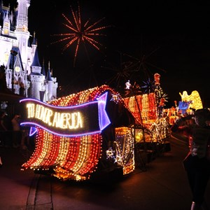 4 of 5: Main Street Electrical Parade - Main Street Electrical Parade cast preview