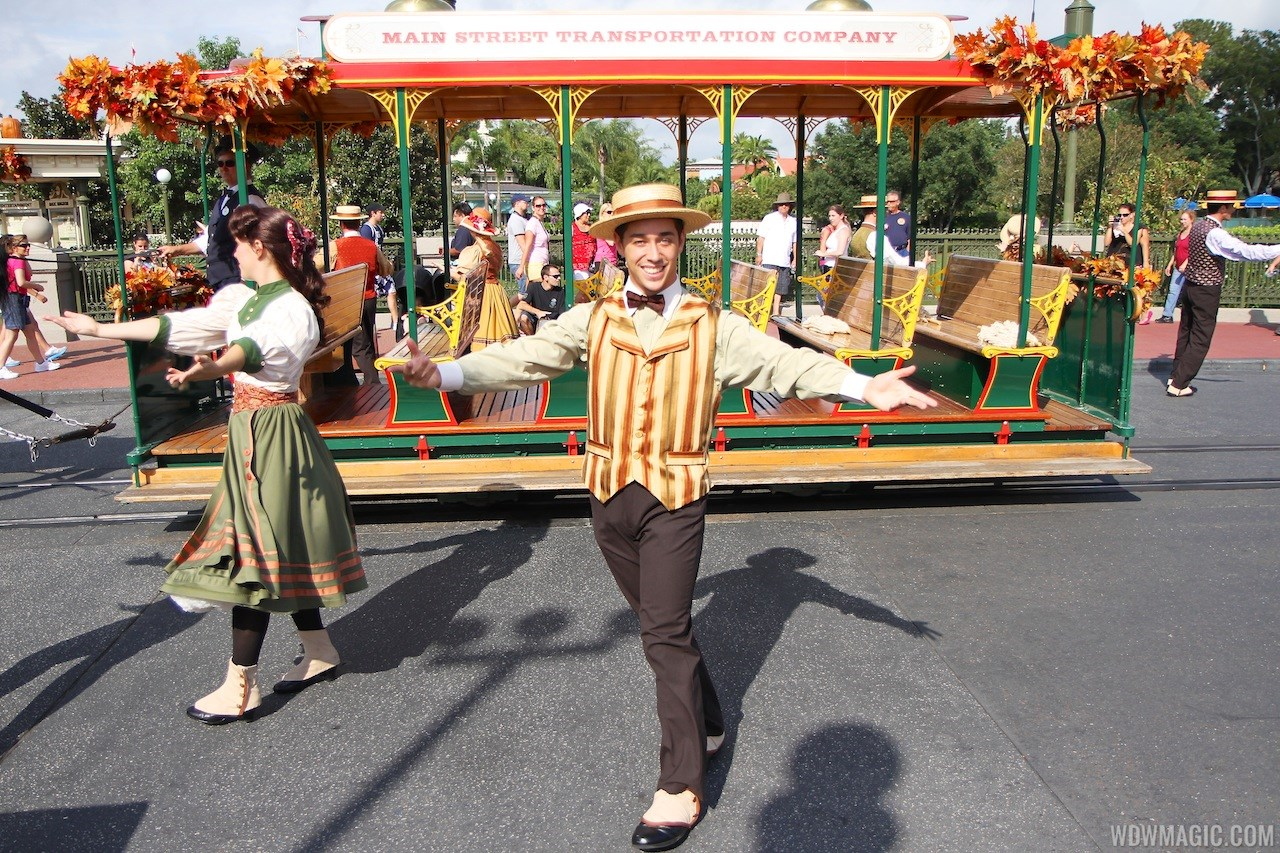 Main Street Trolley Show fall edition