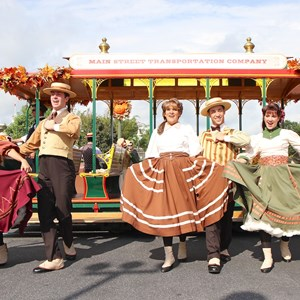 7 of 8: Main Street Trolley Show - Main Street Trolley Show fall edition