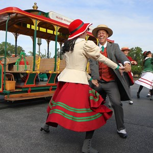 4 of 10: Main Street Trolley Show - Holly Jolly Trolley Show