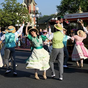 8 of 9: Main Street, U.S.A. - Main Street Trolley Show