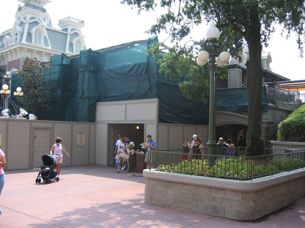 Main Street Train Station and Town Hall area refurbishment