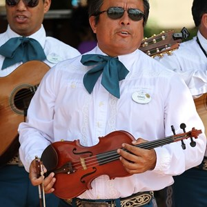 2 of 8: Mariachi Cobre - Outside performance