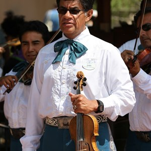 8 of 8: Mariachi Cobre - Outside performance