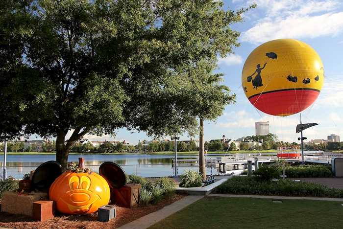 Downtown Disney Halloween decorations