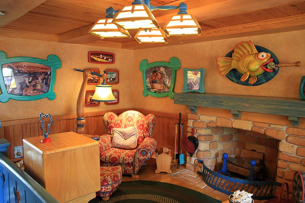 Mickey's Country House - Interior