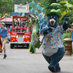 Mickey's Jammin' Jungle Parade