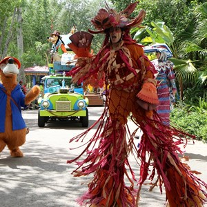 24 of 48: Mickey's Jammin' Jungle Parade - Mickey's Jammin' Jungle Parade