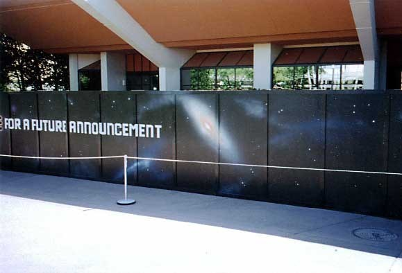 Space logos appear on the Horizons construction walls