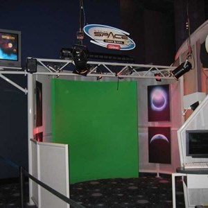 3 of 4: Mission: SPACE - Innoventions Mission Space photo opportunity