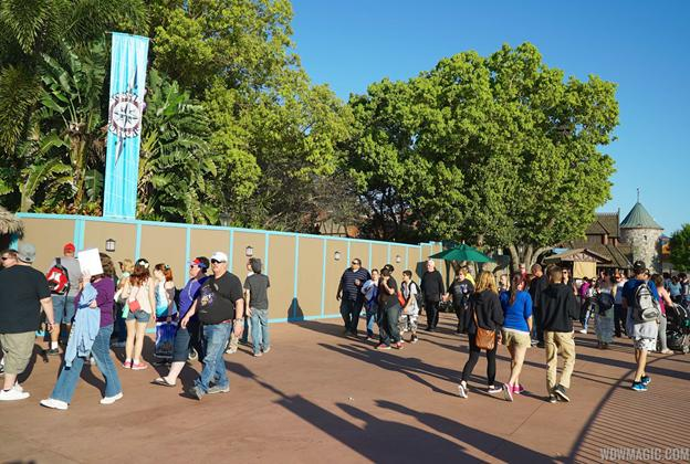 Construction walls for Frozen meet and greet