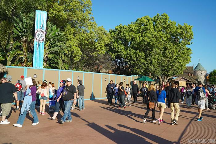 Construction walls for Frozen meet and greet
