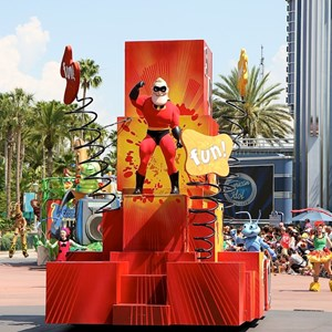 3 of 24: Pixar Pals Countdown To Fun! - Parade performance