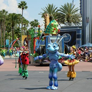 4 of 24: Pixar Pals Countdown To Fun! - Parade performance